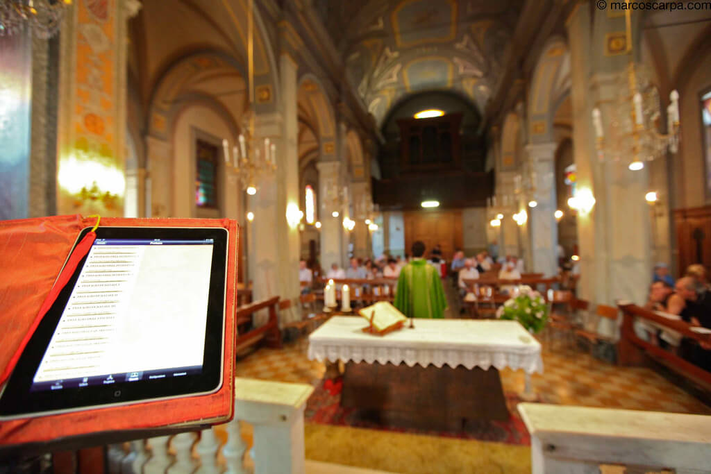 iPad at Mass, iBrieviary